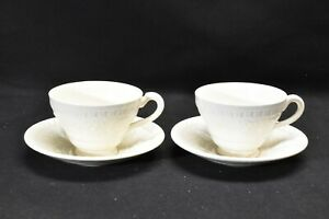 Wedgwood-Wellesley-Pair-of-Cups-amp-Saucers