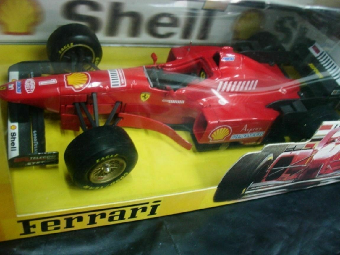 WOW EXTREMELY RARE Ferrari 1996 310 2  M.Schumacher Winner  1 24 Maisto-PMA