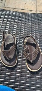 baby-boys-size-7-8-Baby-Gap-brown-sandals