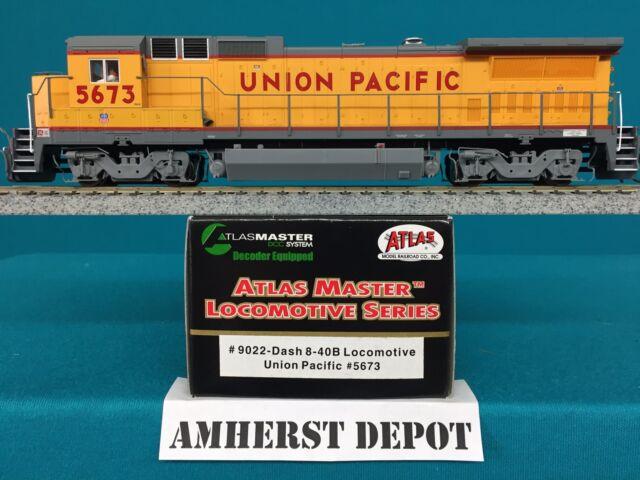 Atlas HO Engine Union Pacific Dash 8-40B with DCC  UP Locomotive 9022