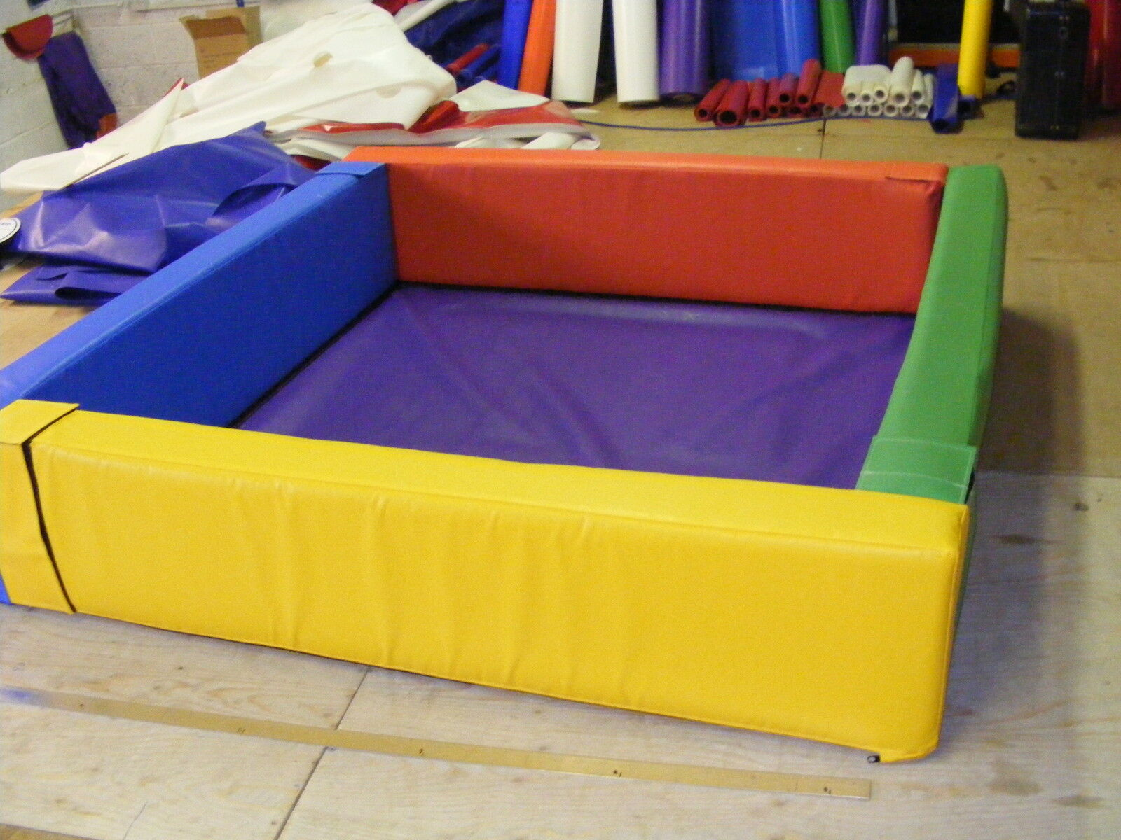 Soft Play Ball Pond 6ft  x 6ft x 18  x 6inch  FREE POST