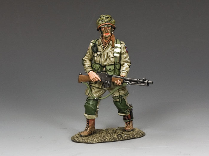 KING AND COUNTRY WW2 Walking B.A.R. Man 82nd Para D Day DD221