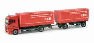 Herpa-H0-157094-MAN-TGX-XLX-Wechselpritschen-Haengerzug-034-Feuerwehr-Frankfurt-034