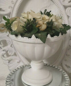 Pokal-Vase-Amphore-Metall-weiss-Shabby-Vintage-Landhaus-Garten-Deko-19cm