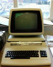 ULTRA RARE VINTAGE PORSCHE COMMODORE 8032 SK PET Computer System (in buonissima condizione)