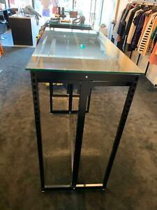 Freestanding-Gondola-for-Retail-Display-MAXe-Shop-Fitting