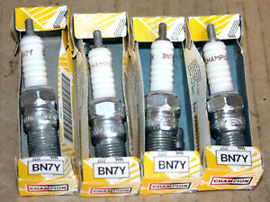 4-champion-BN7Y-spark-plugs-NOS-s-039-adapte-certains-Classic-Renault-amp-Peugeot-Voitures-etc