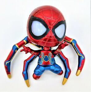 Iron-Spiderman-Figure-pieds-magnetiques-DEL-Yeux-piles-incluses
