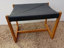 Retro G-plan pelle e legno (piede) Sgabello-E GOMME 1952-1960s