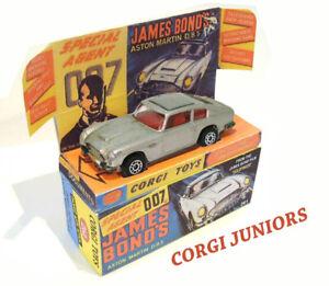 Corgi-Juniors-James-Bond-Excelente-Caja-y-en-bandeja-de-pantalla-personalizada-solo-montado
