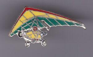 Pin-039-s-Folies-Badge-Demons-amp-Merveilles-Avion-plane-ULM-enamel