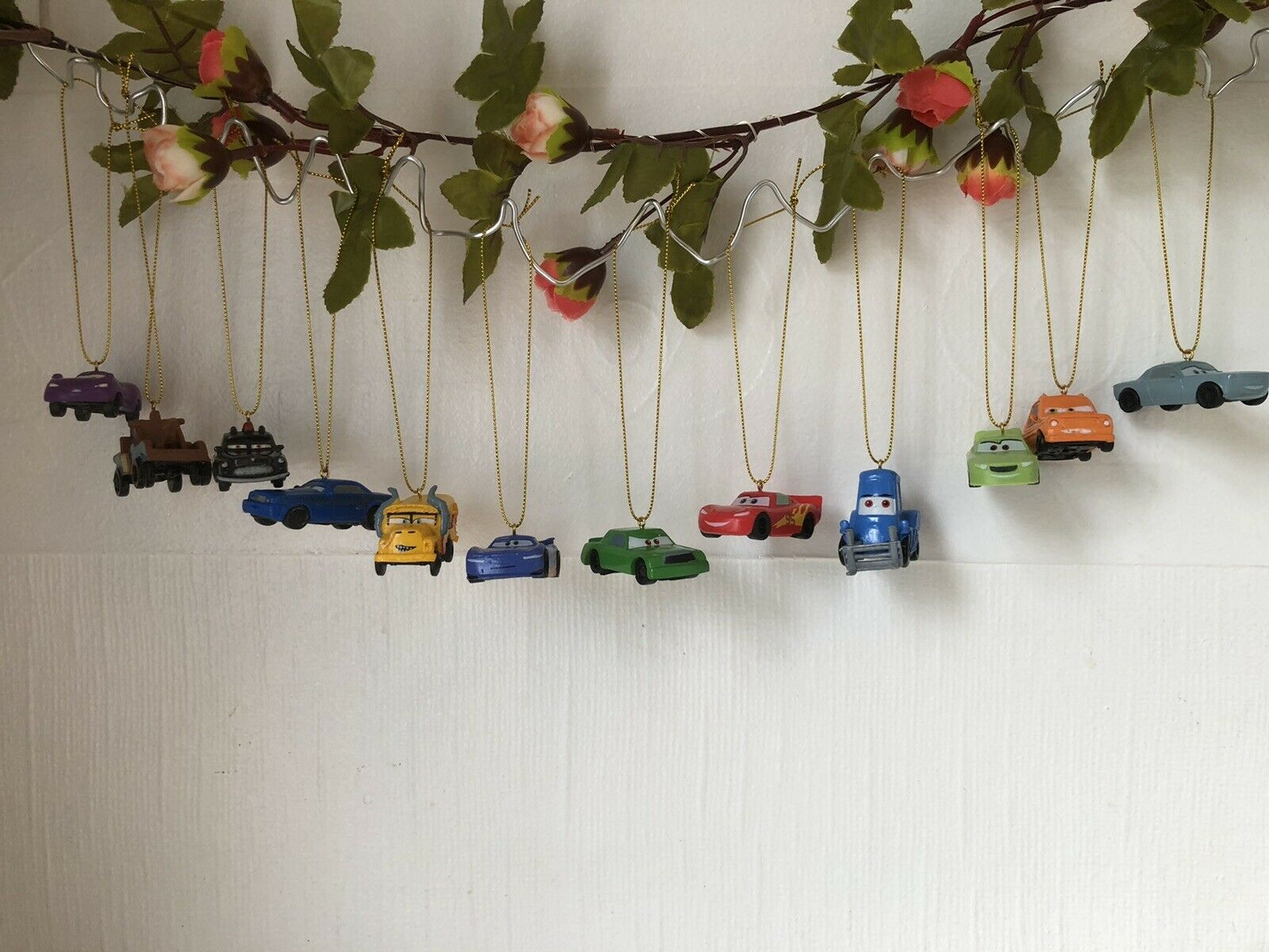 🎄 Disney Cars Árbol De Navidad Decoración x 12 ~ oro (B)