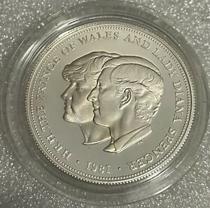 1981 Royal Mint Commemorative Charles & Diana Wedding .925 Silver Proof Coin