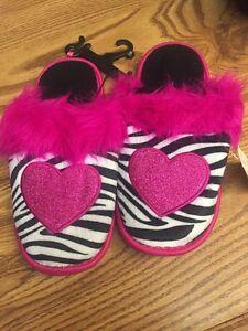 Girls Slippers PINK FAUX FUR Zebra Print HEART Size S 11-12 M 13-1 L 2-3 XL 4-5