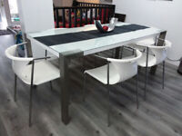 Glass Dining Table Kijiji In Winnipeg Buy Sell Save With Canada S 1 Local Classifieds