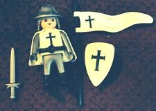 Playmobil # 4625 CRUSADER - 2004 SPECIAL - COLLECTABLE!!