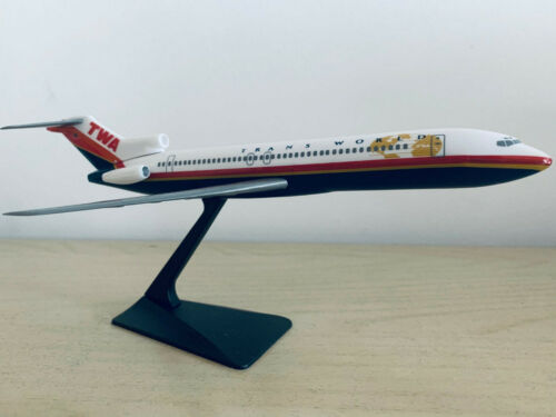 TWA Trans World Airlines Boeing 727-200 Scale 1:200 NEU OVP inkl Boeing Sticker