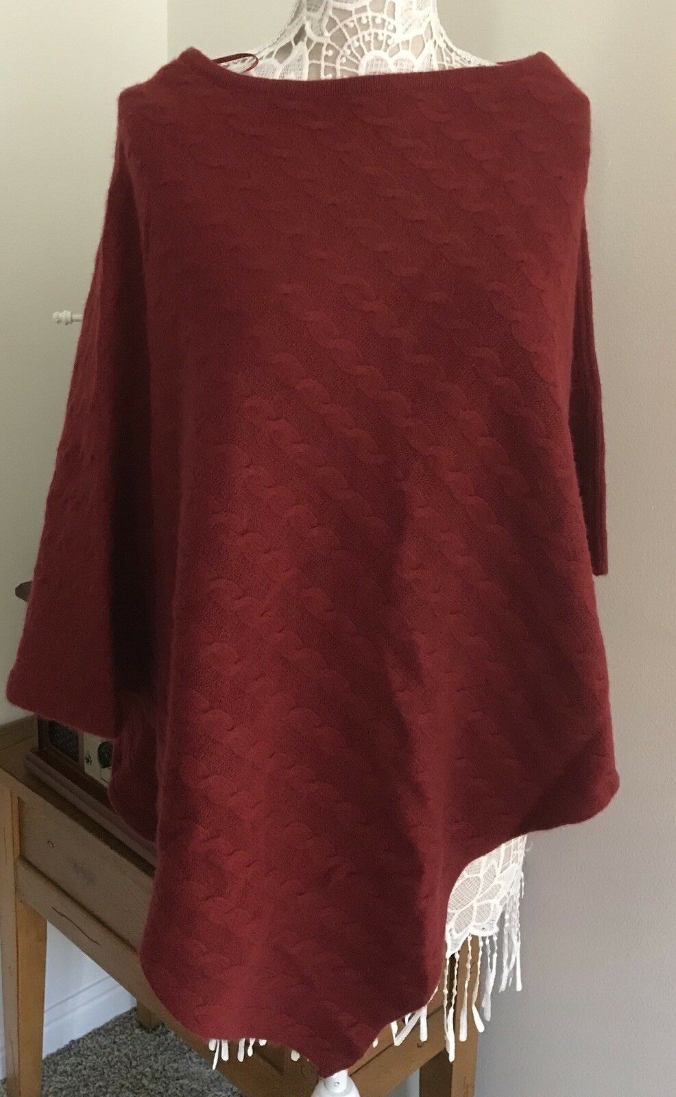 NWT Dillards 100% Luxury Cashmere Deep Cherry Red Cable Knit Poncho One Size