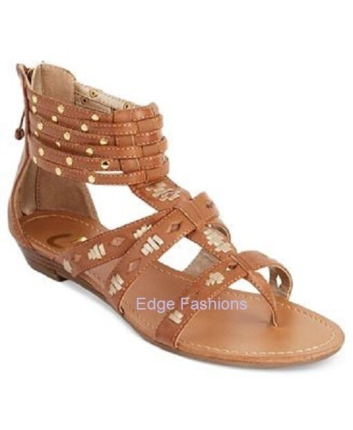 Women's Med.Brown G by GUESS  Med.Brown Women's Rippa Gladiator Flat Sandals with Gold Studs 10 M 4333b9