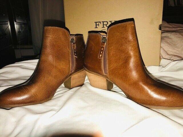 Frye Judy Zip BOOTIES Cognac Oily Suede