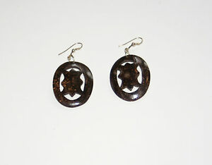 Handmade-Carved-Coconut-Shell-Drop-Dangle-Earrings-pair-Oval-shape-Ethnic