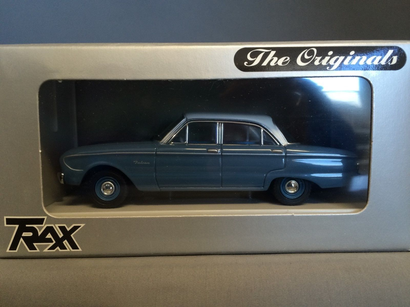 Trax TR26D  Ford Falcon XK Deluxe Deluxe Deluxe Sedan - Pacific bluee   White 295a4f