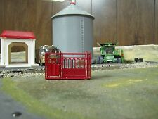 1/64 Custom Scratch-Cast Cattle Headgate - Red