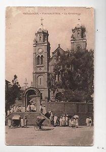 Carte-postale-MADAGASCAR-La-cathedrale-FIANARANTSOA