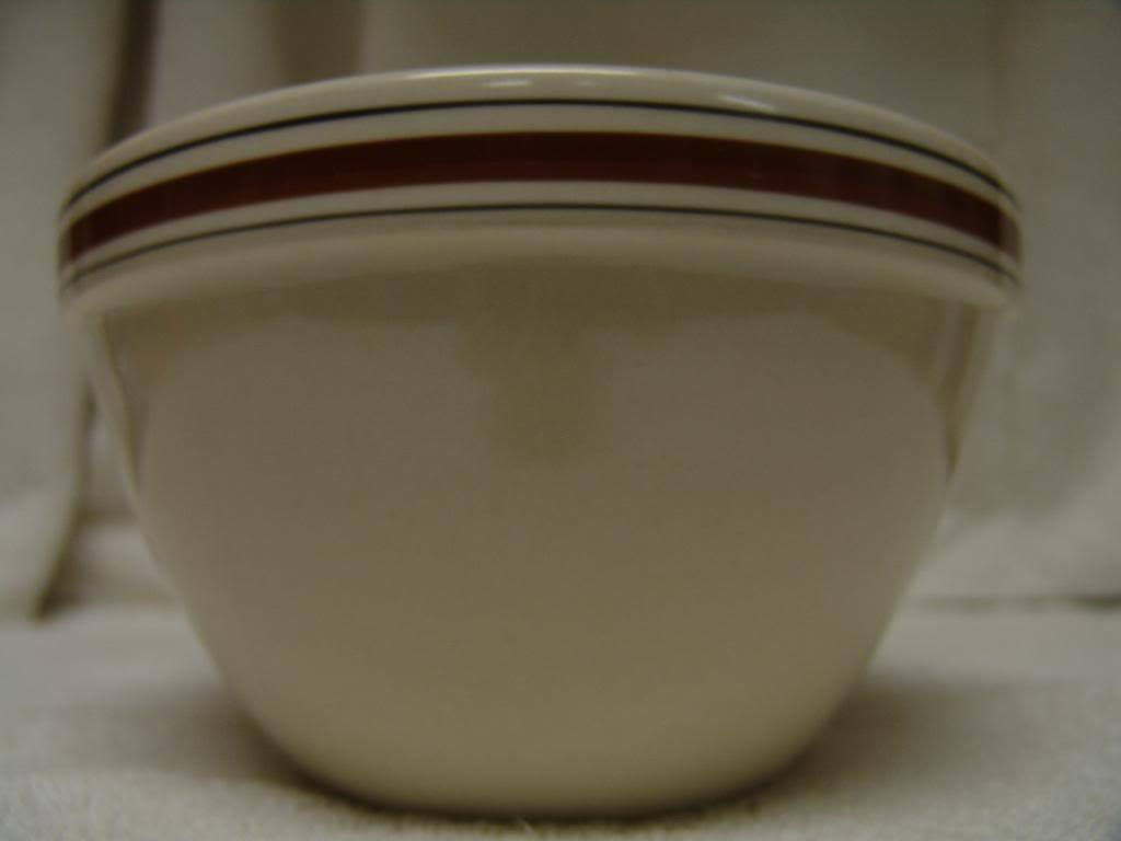 NEVCO POTTERY LARGE NESTING BOWL MADE IN ROMANIA  marron STRIPES