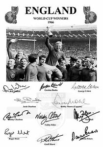 FULLY SIGNED ENGLAND 1966 WORLD CUP FINAL BOBBY MOORE CHARLTON RAY WILSON BALL