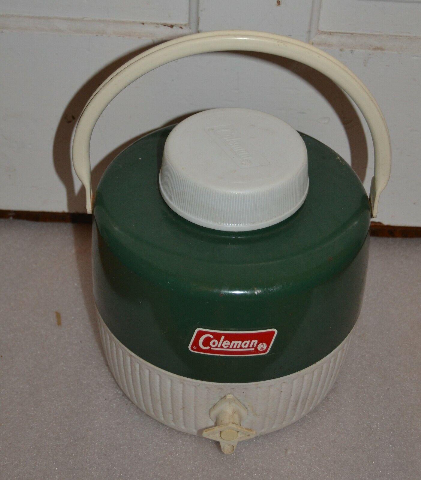 Vintage Coleman 1 galones verde y blancoo Jarra de Enfriador de agua con caño  Camping