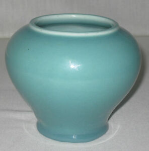ROOKWOOD-ARTS-AND-CRAFTS-1828-ART-POTTERY-VASE-4-1-4-034-t-1915