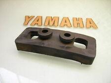YAMAHA 1U6-84553-00 GOOD TAILLIGHT RUBBER DAMPER XT 500 GUMMIDÄMPFER RÜCKLICHT