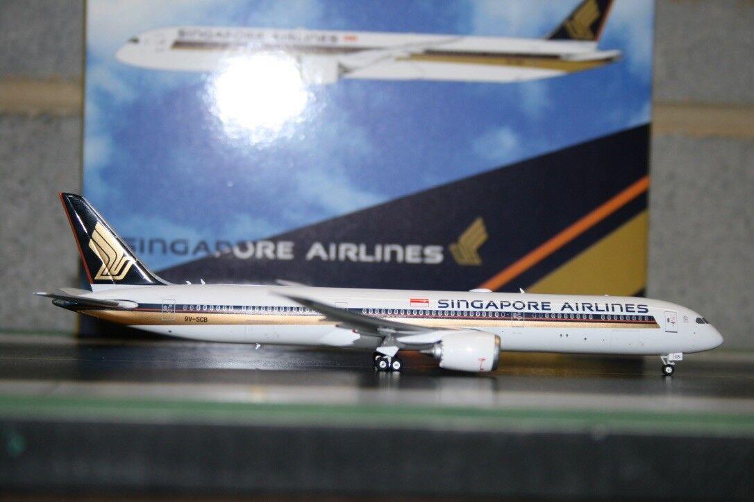 Phoenix 1 400 Singapore Airlines Boeing 787-10 9V-SCB (PH404172) Die-Cast Model