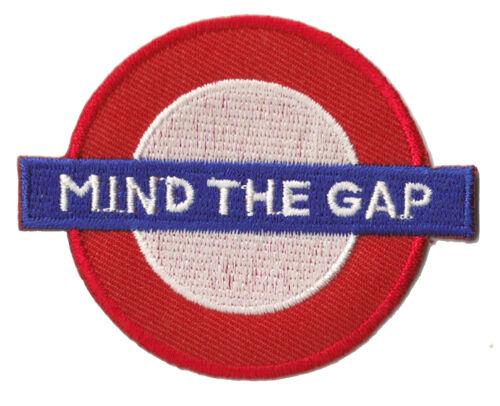 Patche écusson hotfix Mind the gap London patch Londres brodé thermocollant