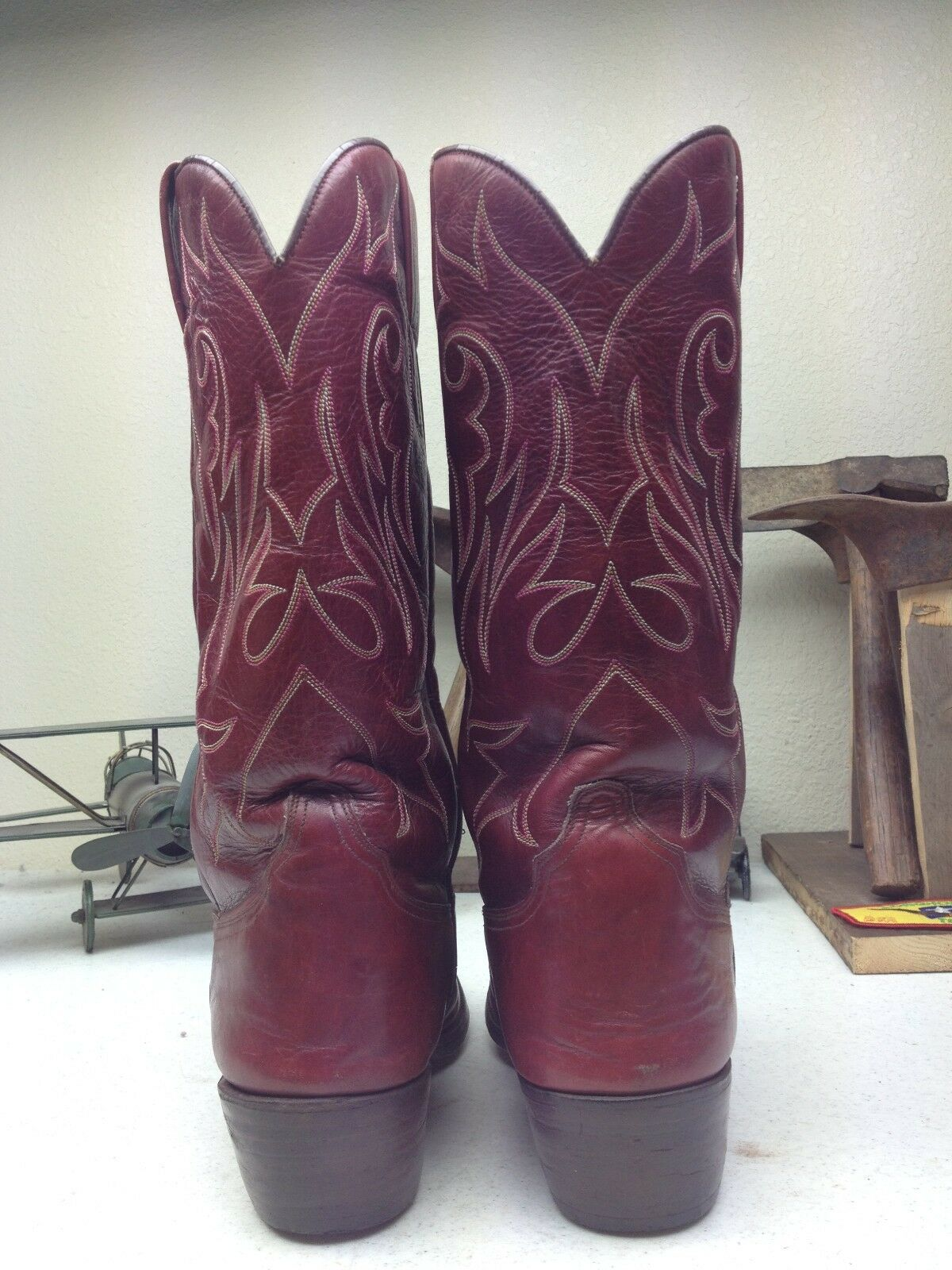 VINTAGE MADE IN SPAIN DISTRESSED DISTRESSED DISTRESSED TONY MORA BURGUNDY WESTERN COWBOY stivali 8M bcfbd2