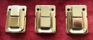 Cheney-Cheddar-Classic-amp-Peradon-leather-cue-case-catches-locks