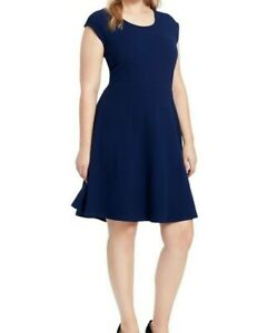 Gilli-Bell-Cap-Sleeve-Textured-Knit-Fit-And-Flare-Dress-In-Navy-Red-Size-Large