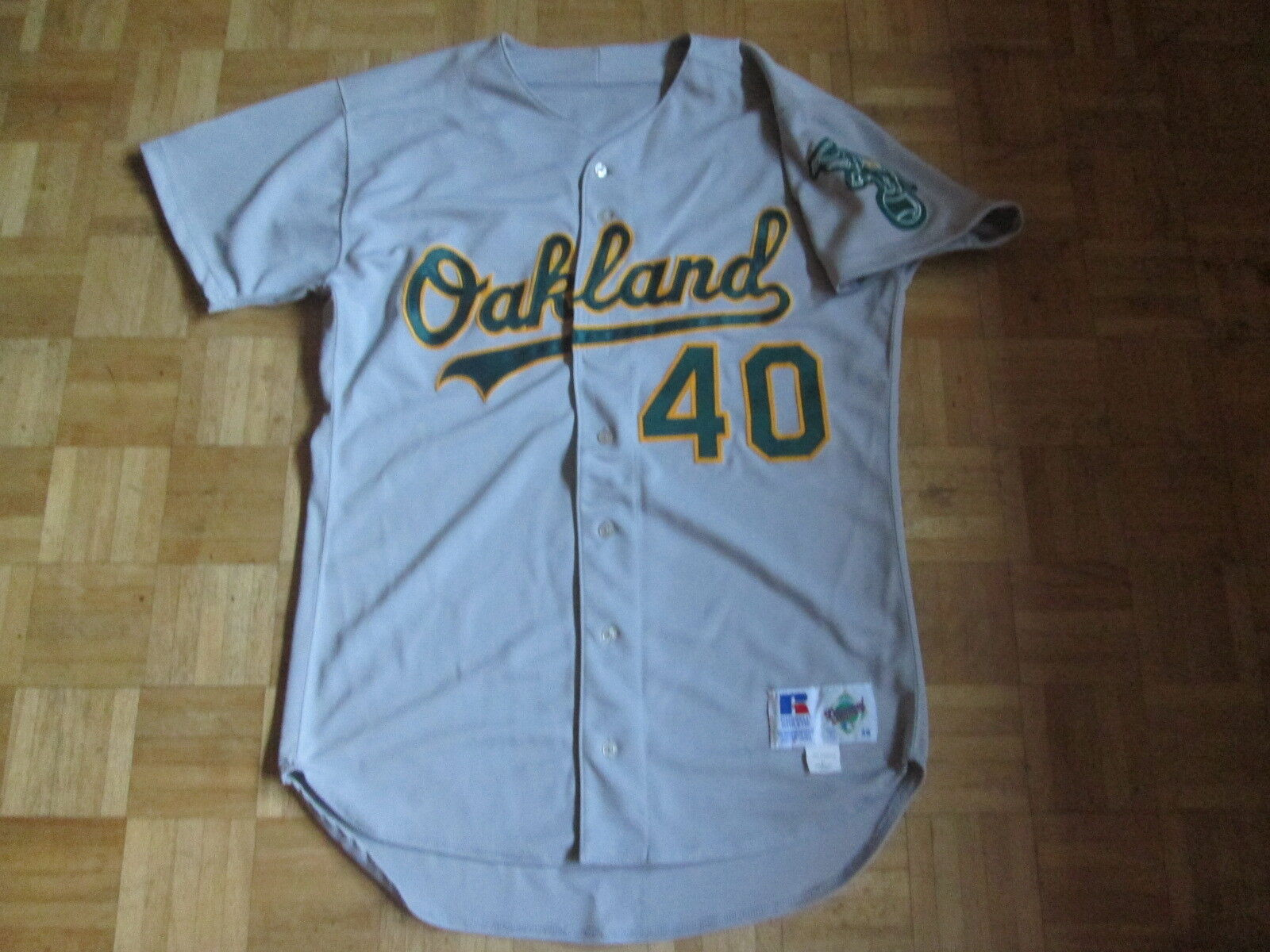 Vintage OAKLAND ATHLETICS VINTAGE 1990'S RUSSELL DIAMOND JERSEY Willie Adams 40