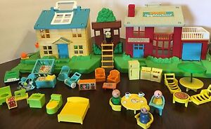 Vintage Fisher Price Little People NEIGHBORHOOD HOUSE with Treehouse & Ladder