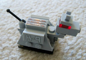 LEGO-Doctor-Who-Original-K-9-Robot-Dog-New-pieces-removed-from-set
