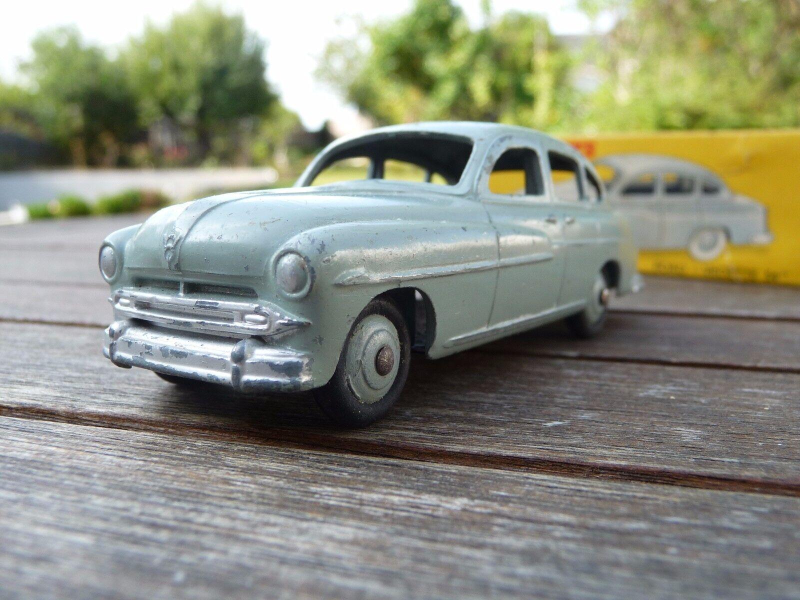 SUPERBE   DINKY TOYS FORD VEDETTE modèle 1954 REF 24X  + boite