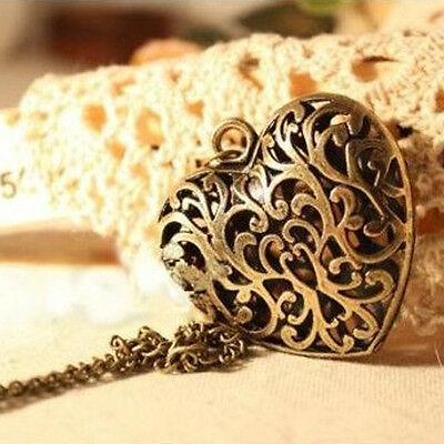 1 x Vintage Hollow Heart Pendant Necklace Sweater Chain Women Jewelry