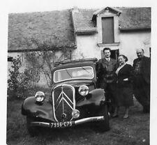 Photo ancienne vintage snapshot automobile Citroën traction 1950