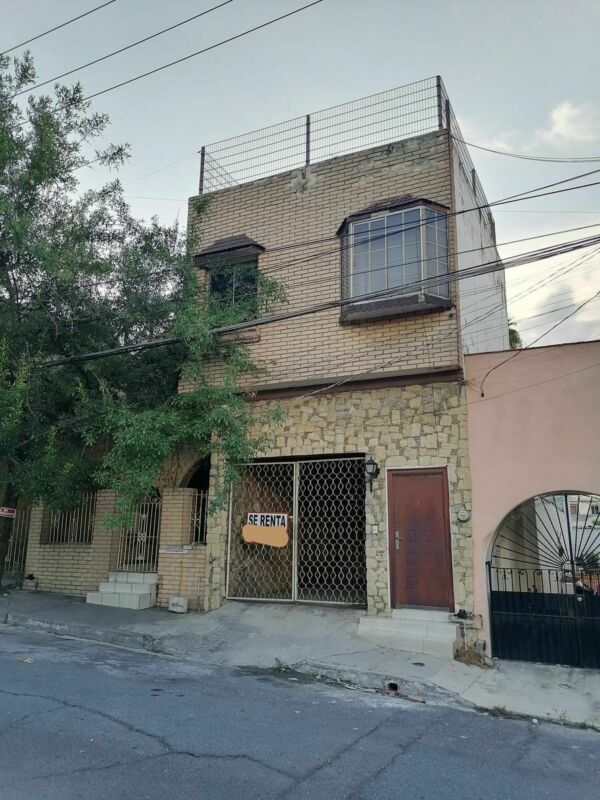 Casa Renta Centro de Mty, excelente ubicación $ 22,000.00