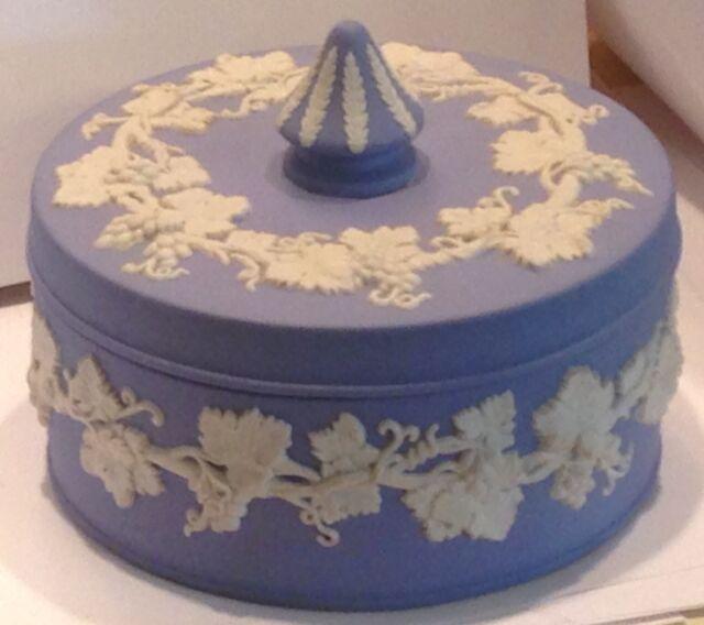 "☞WEDGWOOD QUEENSWARE JASPERWARE TRINKET CANDY POWDER BOX DISH BLUE 5""Large MINT☜"