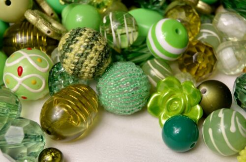 Wood Bubblegum Beads BB105 1//2 Lb Quality Acrylic Resin Green Bulk Beads