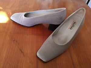 Dettagli su scarpe donna n. 37 di raso grigio chiaro Valleverde originali, calza 38