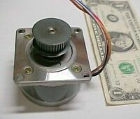 Sanyo 1.1a Stepping Step Motors 1.8 Degree 103-775 With Shaft Pulley Surplus