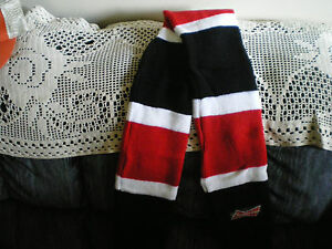budweiser-hockey-scarf-red-black-white-4-ft-long-6-in-wide-open-ended-hand-warme